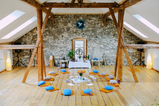 alpen retreat yoga hall